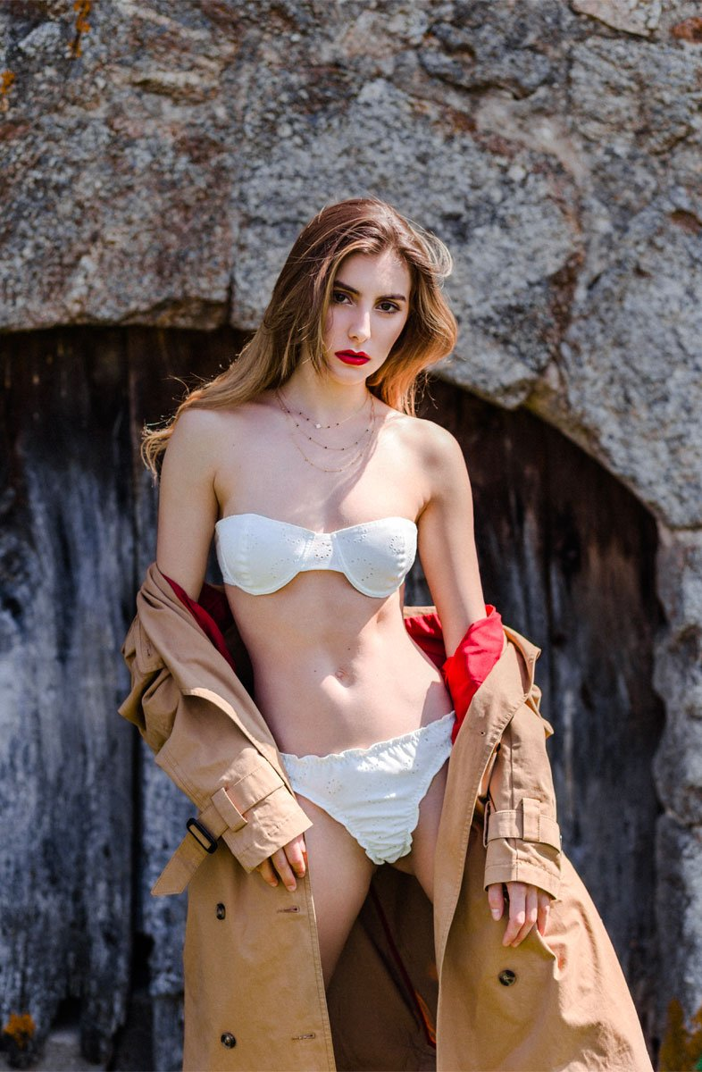 clemence lingerie trench pose